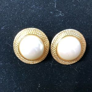 Vintage Marvella faux pearl gold tone earrings.